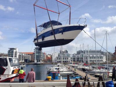 HYC sjösättning av båt